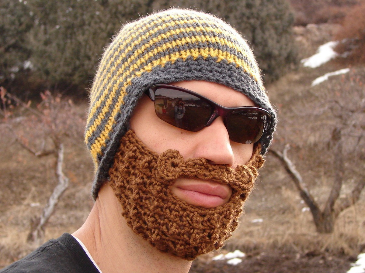 Free Beard And Moustache Knitting Pattern : Crocheted Beanie with Beard - Neatorama