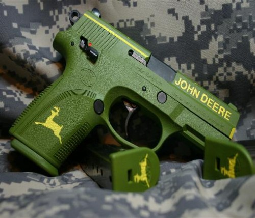 Custom Painted Firearms Neatorama