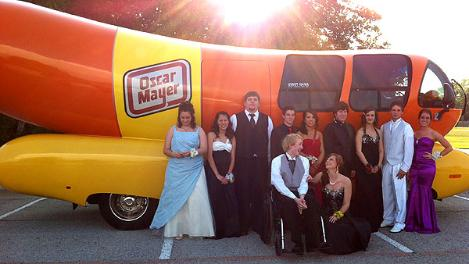 That Wienermobile Crash Photo Facebook Its From 2008 besides 1306838 in addition Going To Prom In The Weinermobile additionally Student Rides To Prom In The Oscar Mayer Weinermobile likewise 596621b8 70cc 4109 Aa9d D3f5a824a55d. on oscar mayer weinermobile accident
