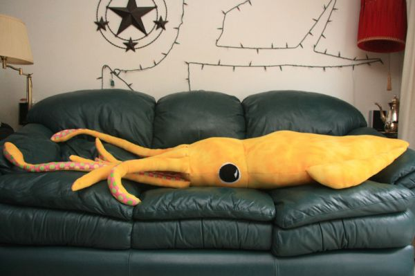 Make Your Own Giant Squid Neatorama