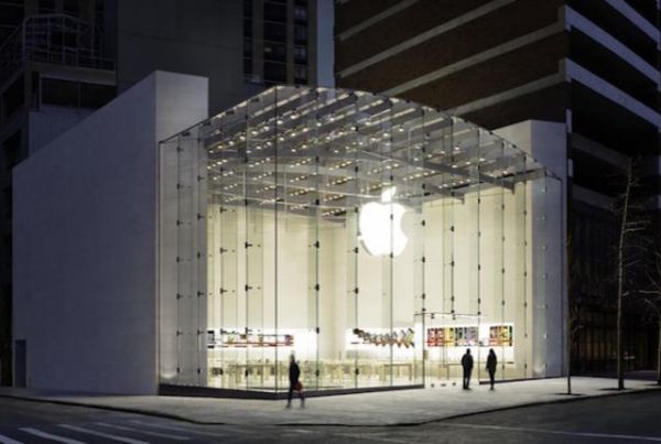 15 Secrets of Apple Store Employees