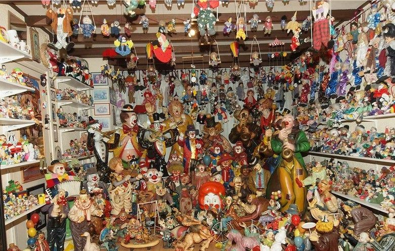 The largest clown figurine collection ever!