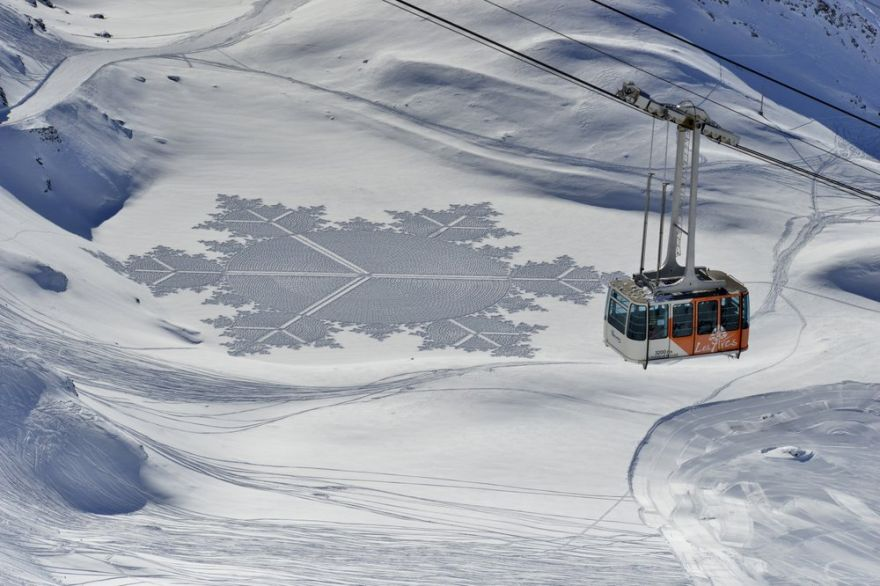 This Artist Uses Huge Fields Of Snow As His Canvas