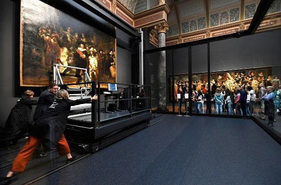 Rembrandt's The Night Watch Begins Restoration