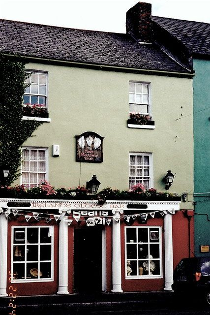 Irish Bar May Be the Oldest in the World