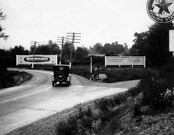 Lincoln Highway Companion: A Guide to America's First Coast
