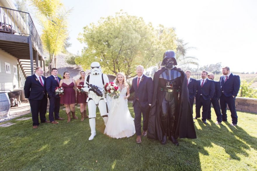 This Couple's Star-Wars Themed Wedding Had The Force Definitely With Them