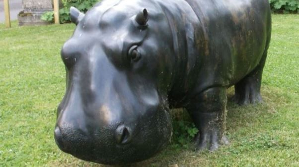 """How in the World Did Someone Steal This """"Extremely Heavy"""" Bronze Hippo Statue?"""