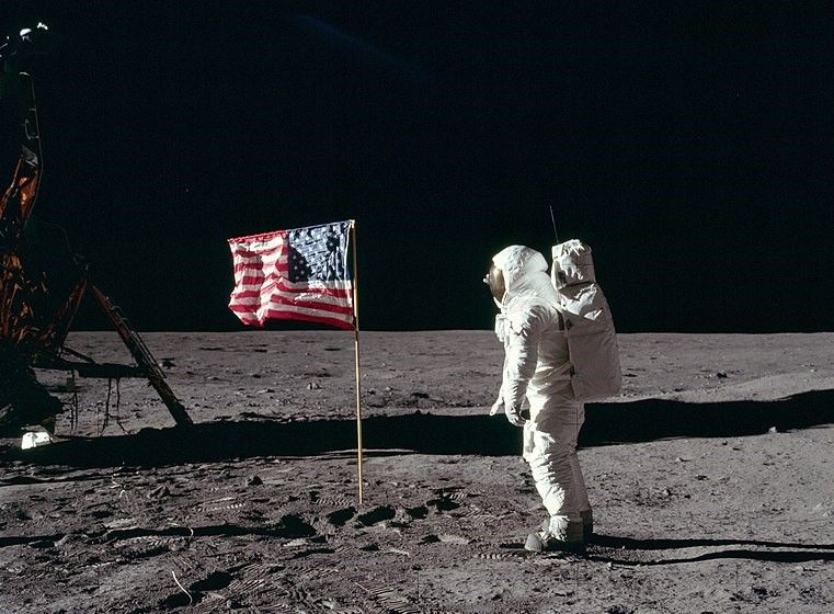 when-nasa-almost-forgot-about-old-glory