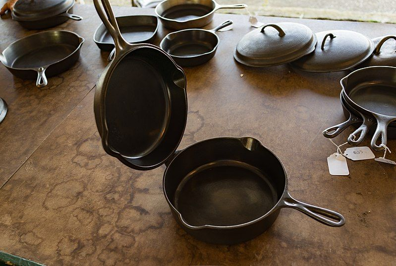 7 Myths That Need To Go Away About Cast Iron Pans