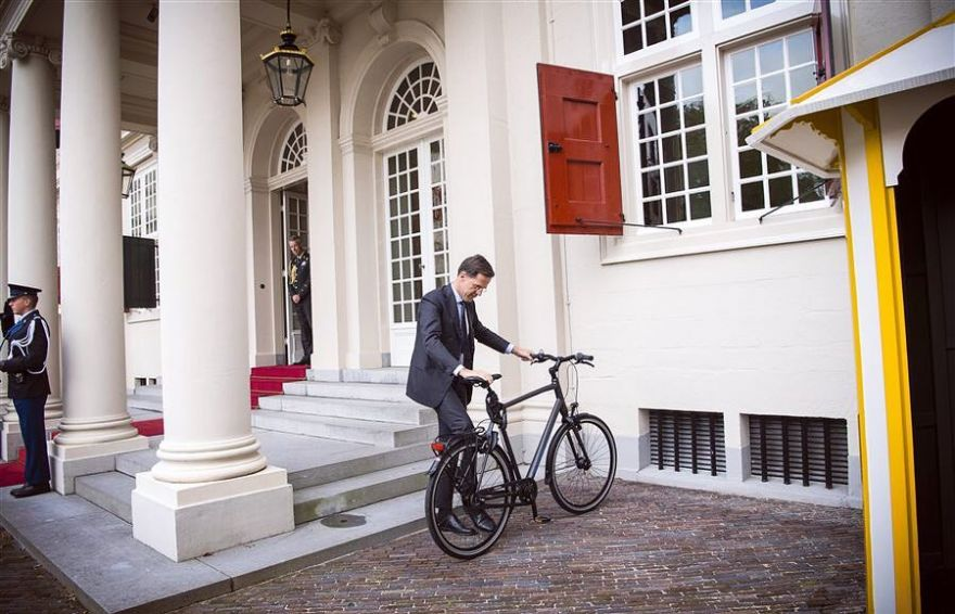 This Is Why The Prime Minister Of Netherlands Uses His Bike To Go To Work