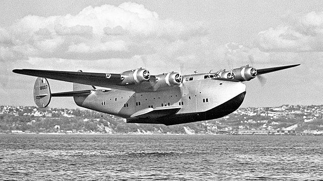 The Plane That Accidentally Circumnavigated the World