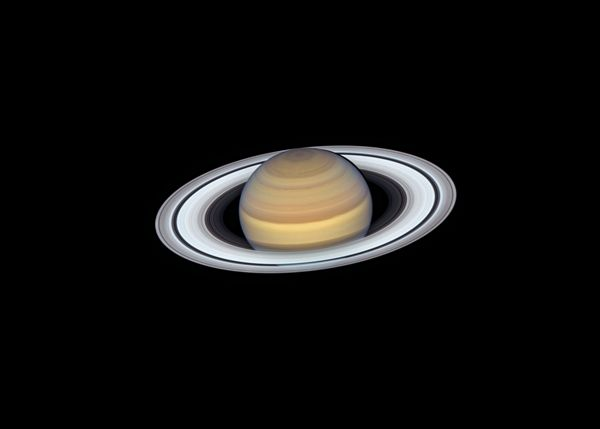 Age of Saturn's Ring: Mystery Still Unsolved