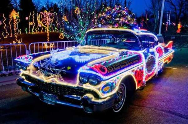 10 Crazy Cars All Decked Out For Christmas And Hanukkah