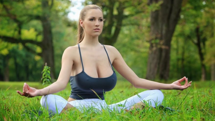 7 Best Yoga Poses You Should Do Every Day Quick Weight Loss