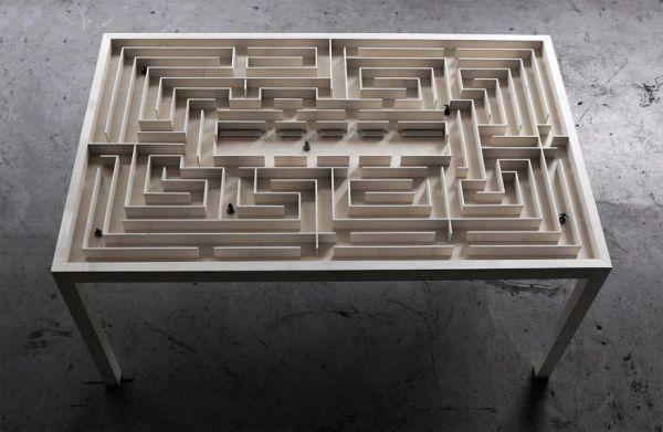 Labyrinth Table