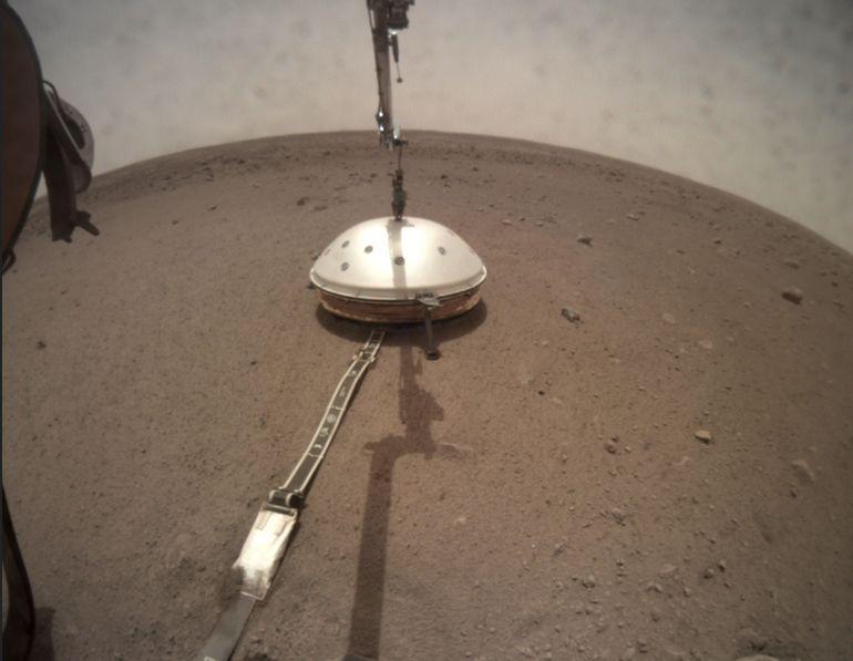 First Look At Mars' Interior