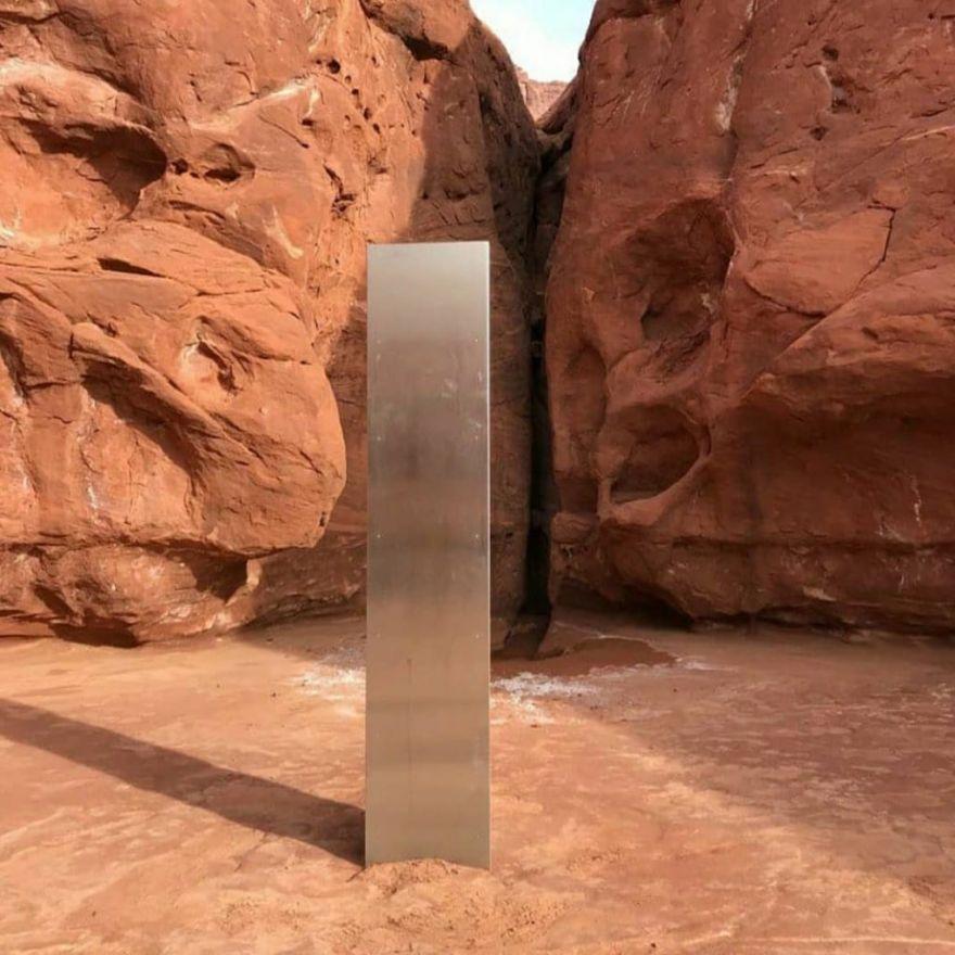 humans-discover-monolith-in-utah