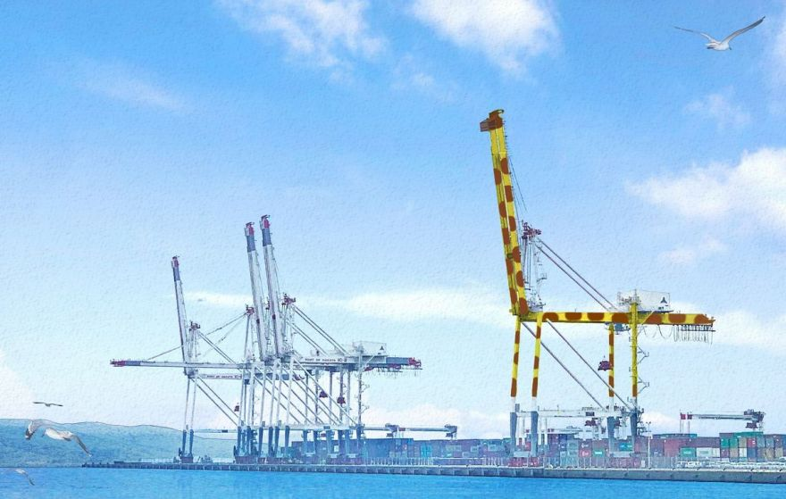 In Japan: Fukuoka City To Repaint Port Crane In Hopes To Cheer Up Kids In Hospital