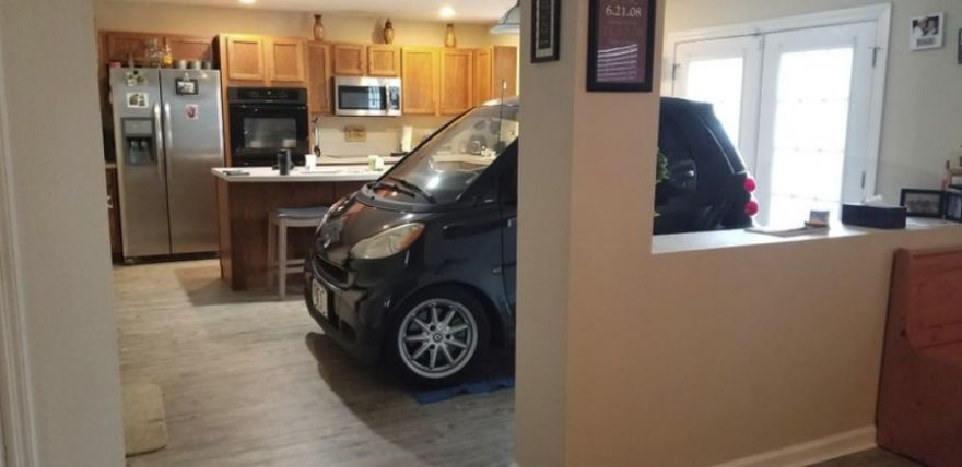 """Florida Man Parked His Smart Car In His Kitchen So It Won't """"Blow Away"""""""