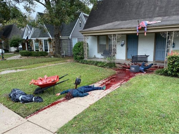 halloween-decorations-prompt-multiple-police-visits