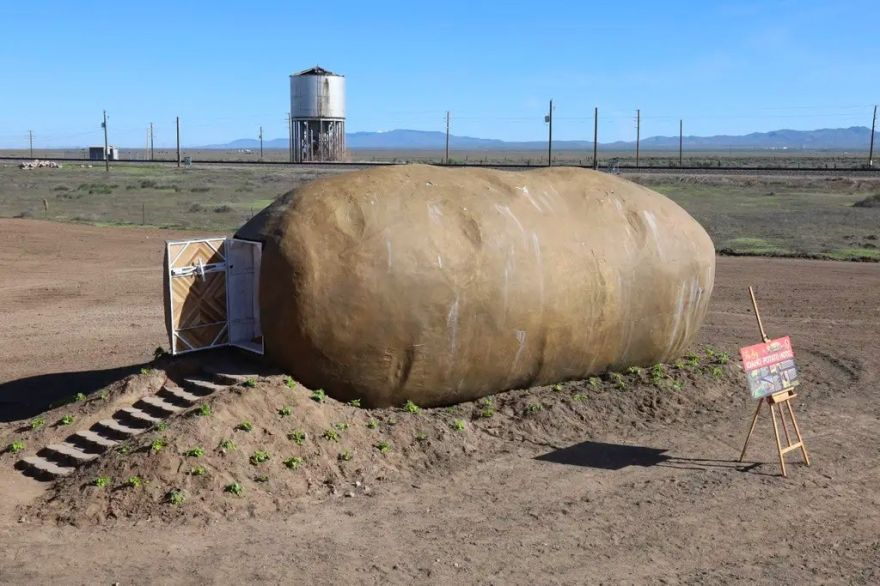 You Can Stay in This Potato-Shaped Hotel in Idaho