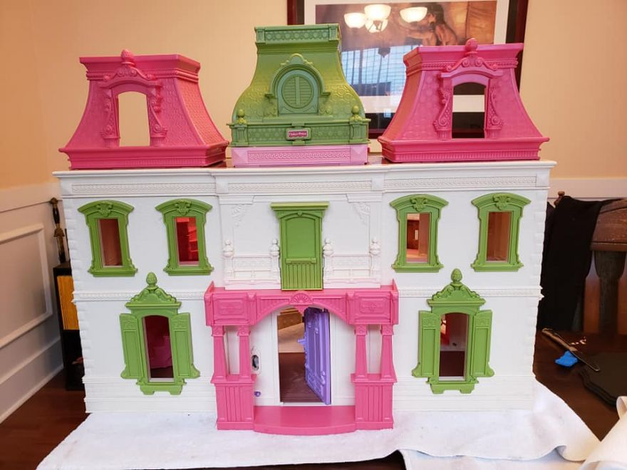 This Dollhouse Had a Makeover and Became a Creepy Gothic House