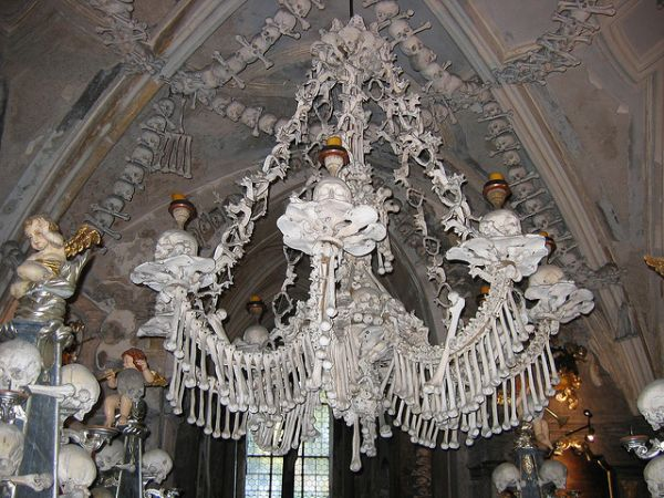 sedlec chandelier