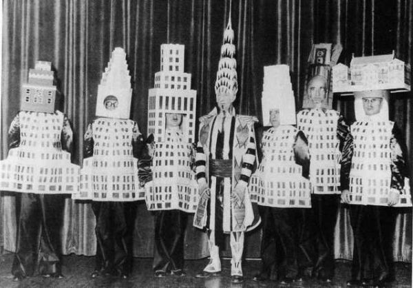 Famous Architect Dressed as Their Buildings Neatorama