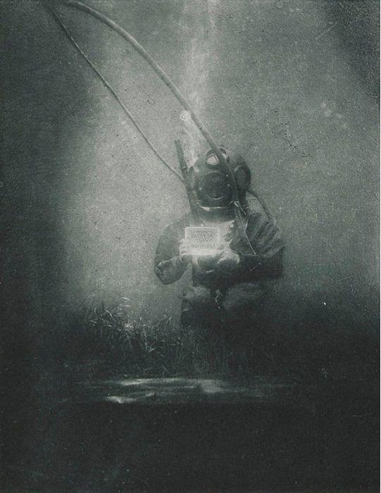 The First Underwater Portrait