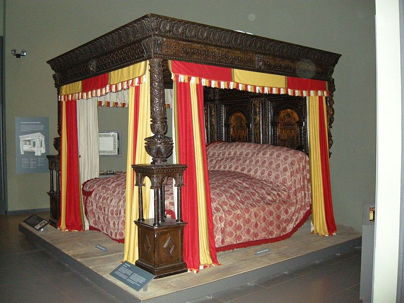 the-great-bed-of-ware--a-enormous-bed-from-elizabethan-england
