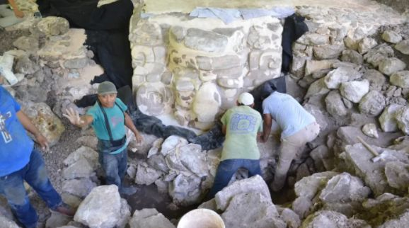Giant Mayan Mask Found In Mexico