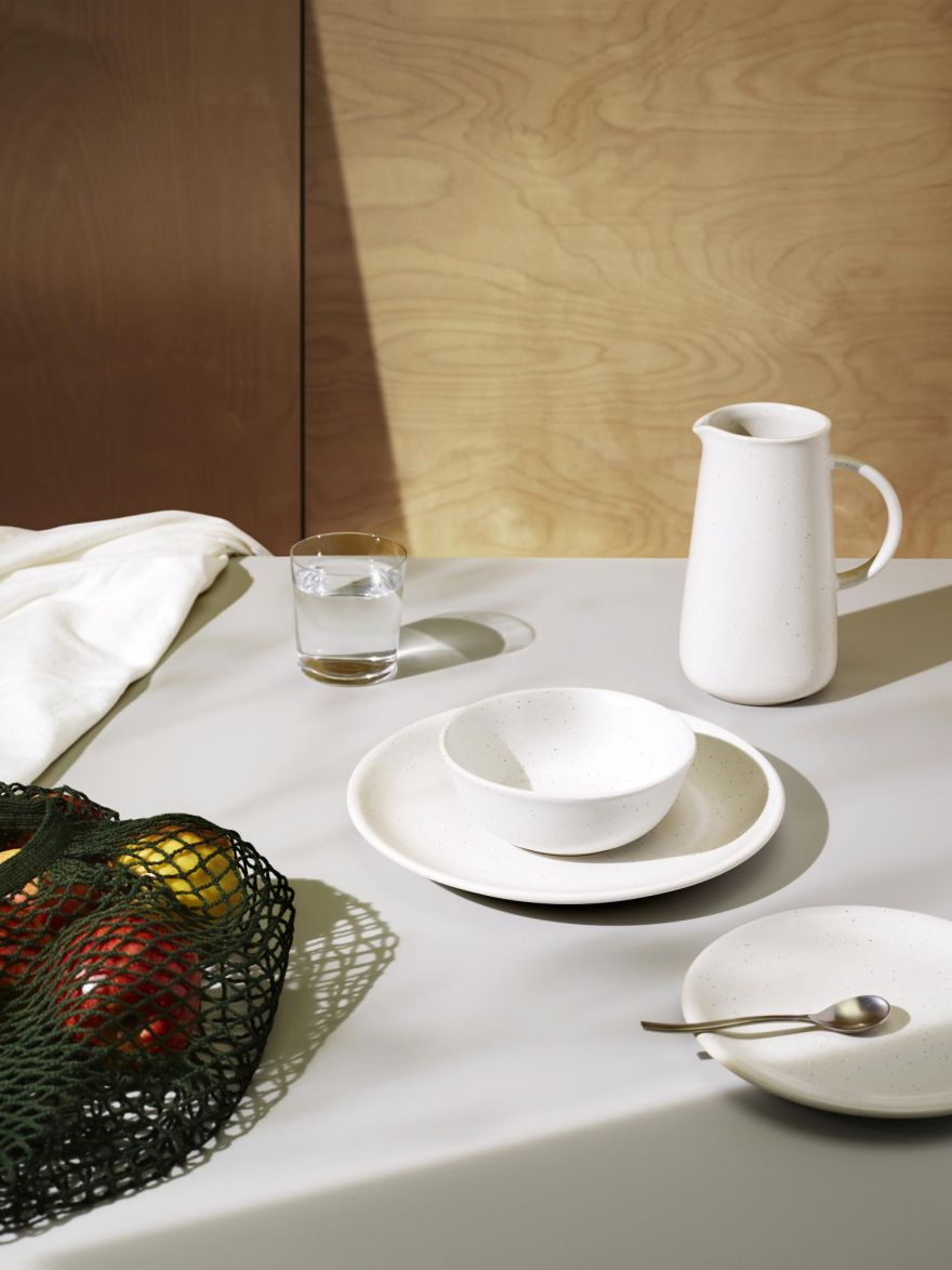 monoware-a-new-line-of-timeless-tableware