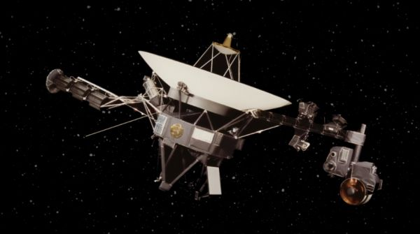 How Far Away is Voyager 2? - Neatorama