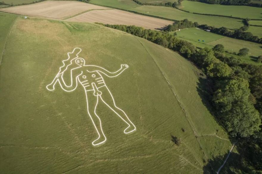 The Mystery Behind The Chalk Giant Carved Into An English Hillside Has Been Solved