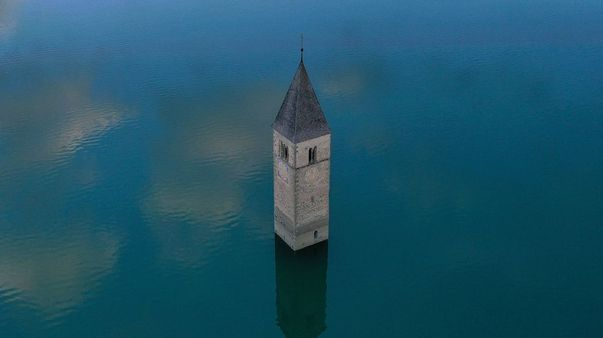 This Village Shows Up After 70 Years Of Being Underwater