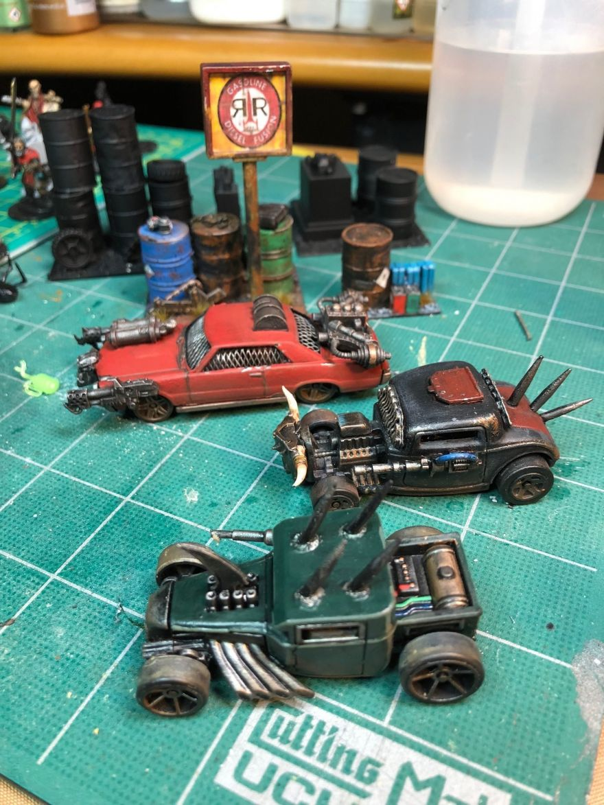 DIY Mad Max-Worthy Post-Apocalyptic Combat Toy Cars