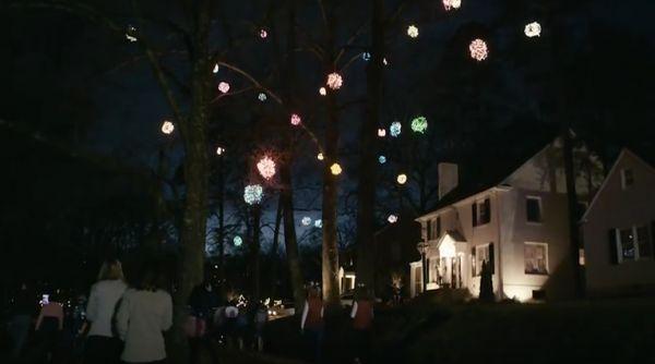 The Greensboro Christmas Balls - Neatorama