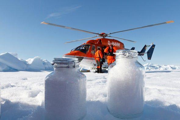 Airborne Plastic Has Arrived at the Arctic